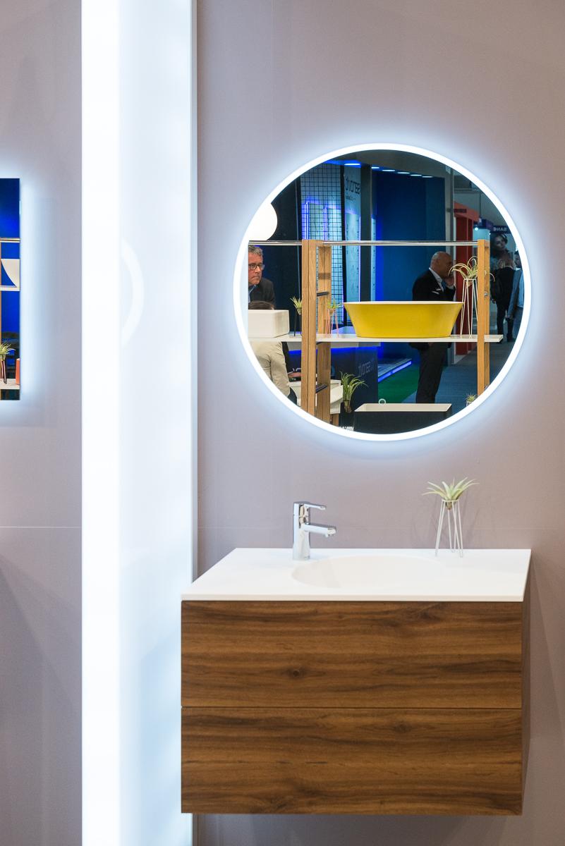 Kylpyhuoneen peili LED taustavalolla BALTECO EC - Interbauen ... 982875eb88